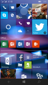 Homescreen with Apps - Windows 10 Mobile